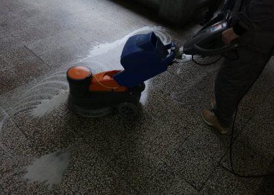Naša mašina za poliranje podva