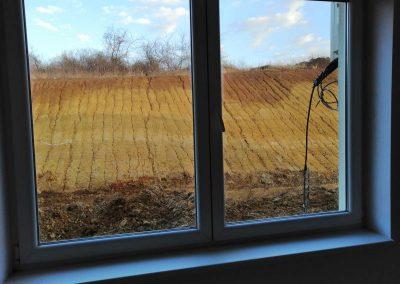 Očišćena i ispolirana stakla na prozoru